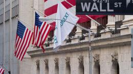 640px-wall_street_-_new_york_stock_exchange